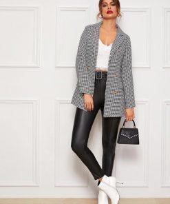 blazer elegante cuadros mujer outfit