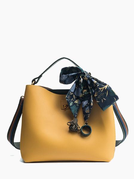 bolso pañoleta amarillo